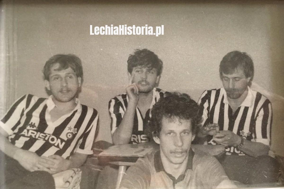 Piłkarze Lechii w koszulkach Juventusu