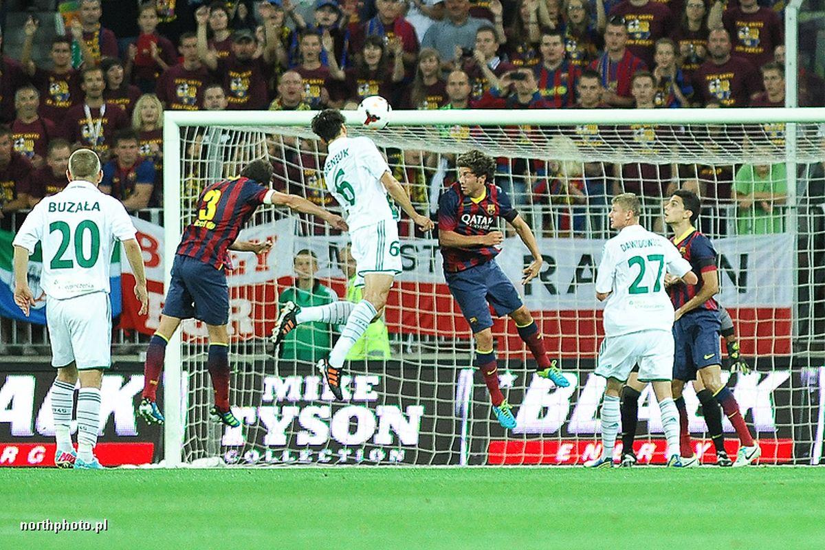 LECHIA GDANSK - FC BARCELONA N/Z JAROSLAW BIENIUK FOT PIOTR MATUSEWICZ